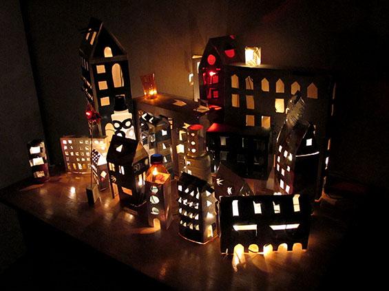 lichtjes in de kartonnen dozen